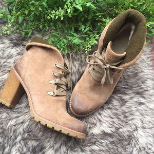 UGG Calynda Leather Boots